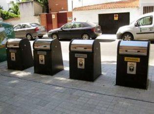 Instalación de contenedores subterráneos en Fuente el Saz.(Comunidad de Madrid).Basura