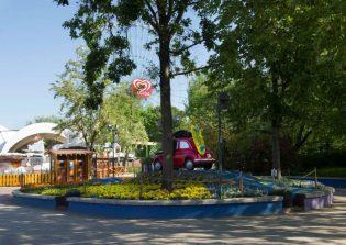 Mantenimiento de jardinería del Parque de Mirabilandia en Ravenna (Italia)